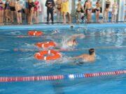 Заплыв юношей